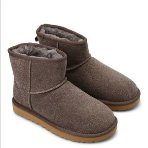 ✨NEW UGG CLASSIC MINI SEREIN